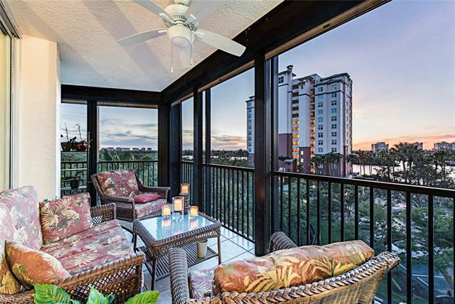 425 Cove Tower Dr 504