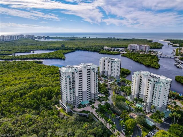 425 Cove Tower Dr 301