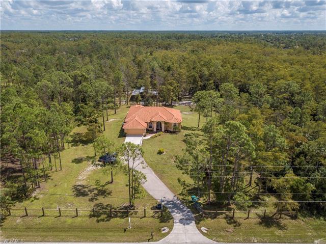 2590 Everglades Blvd N