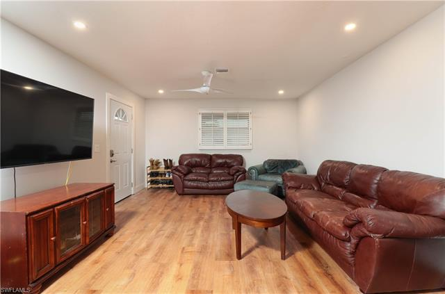 1455 Curlew Ave 2-1