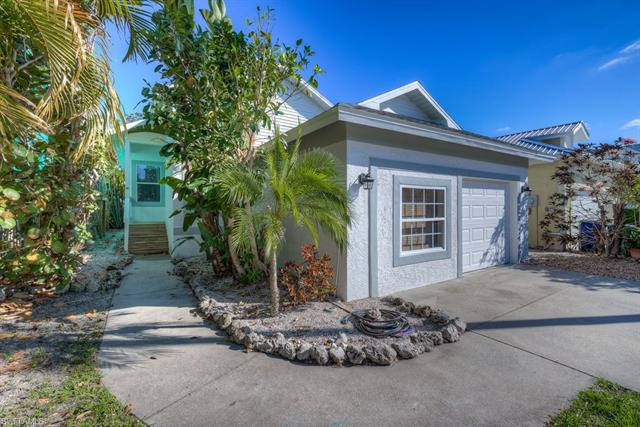 6084 Waterway Bay Dr