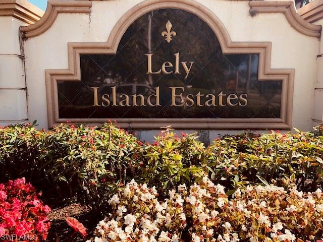 8988 Lely Island Cir