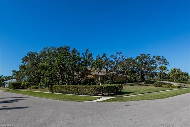 902 Inlet Dr