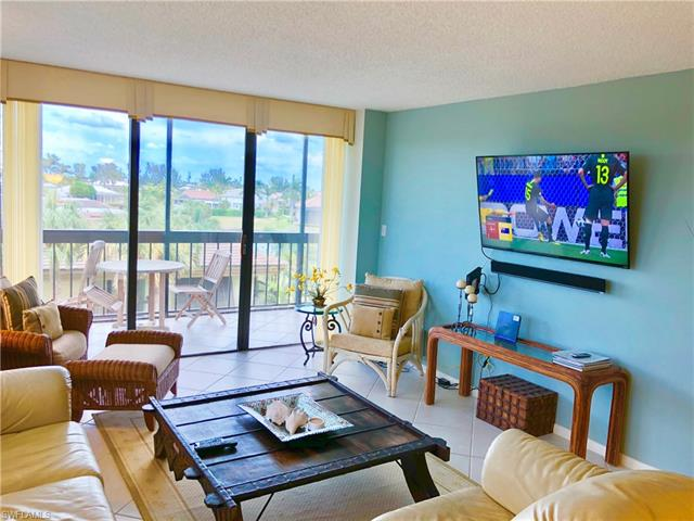 591 Seaview Ct A-402