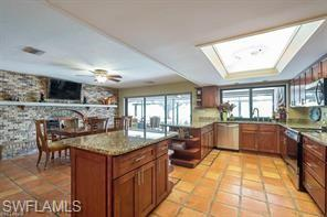 448 Golfview Dr