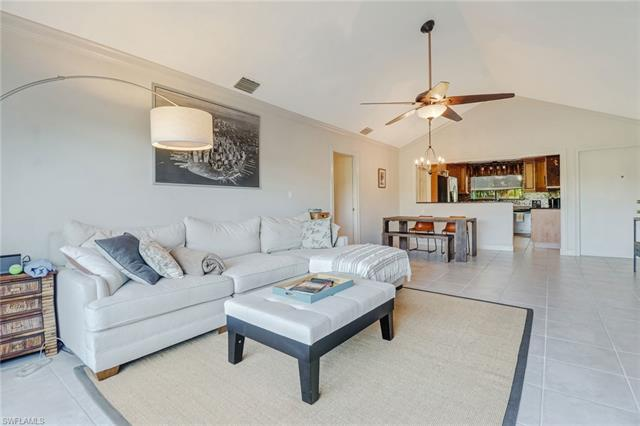817 Palm View Dr 12