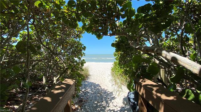 10951 Gulf Shore Dr 1002