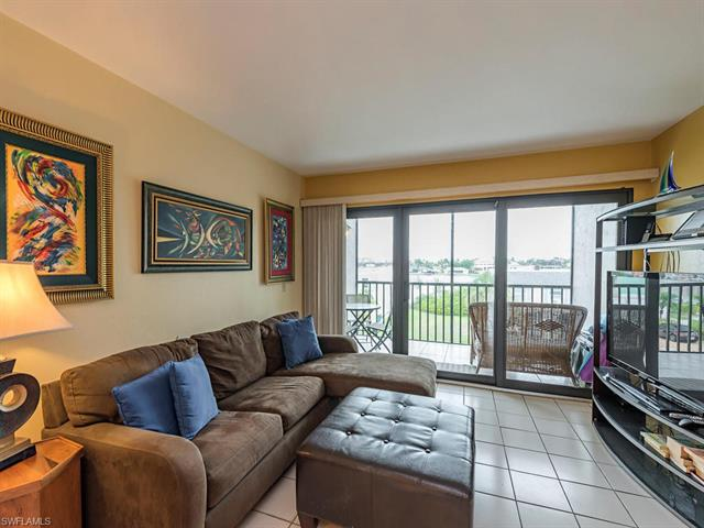 260 Southbay Dr 208